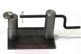 Станок с ручкой для изготовления поводков (поводковяз, поводочник)